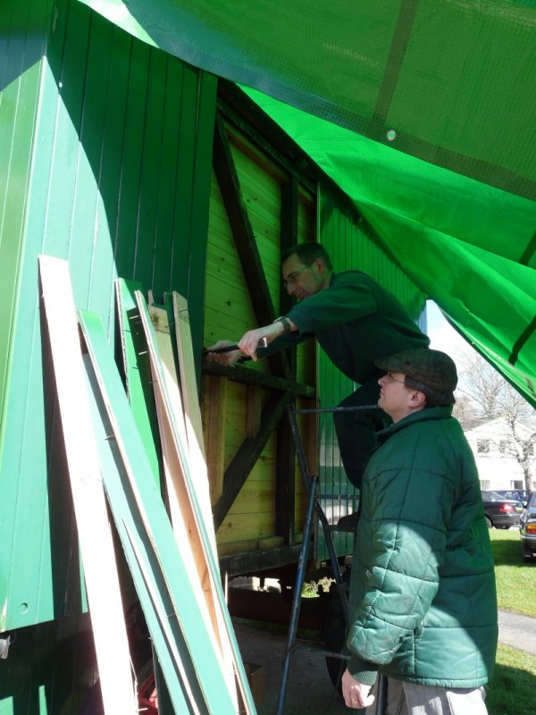 Lloyd and Kev busy